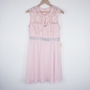 JOLIE | NWT Formal Size 10 Pink Mini Lace Dress